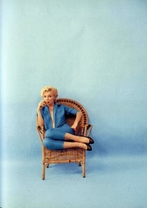 marylin-feeling-blue